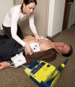 using-an-AED-(2)