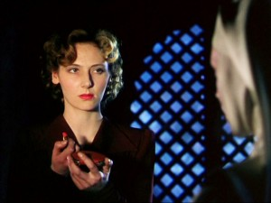 1940s-lipstick-Kathleen-Byron-in-Black-NarcissusC